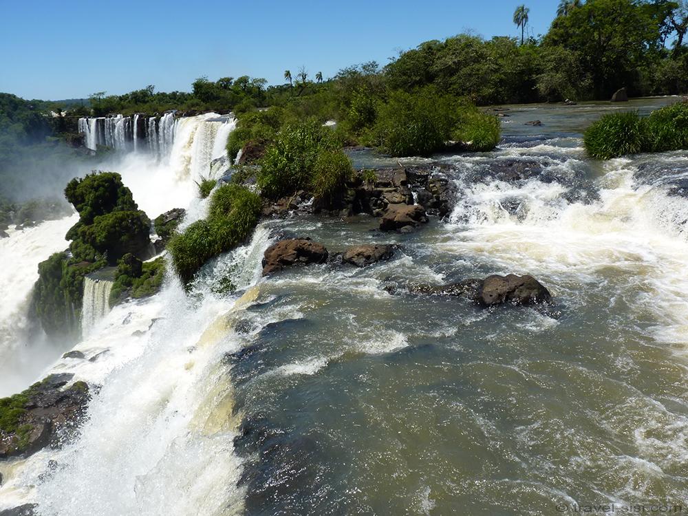 Iguazu Fälle Argentinien Blick über die Wasserfälle