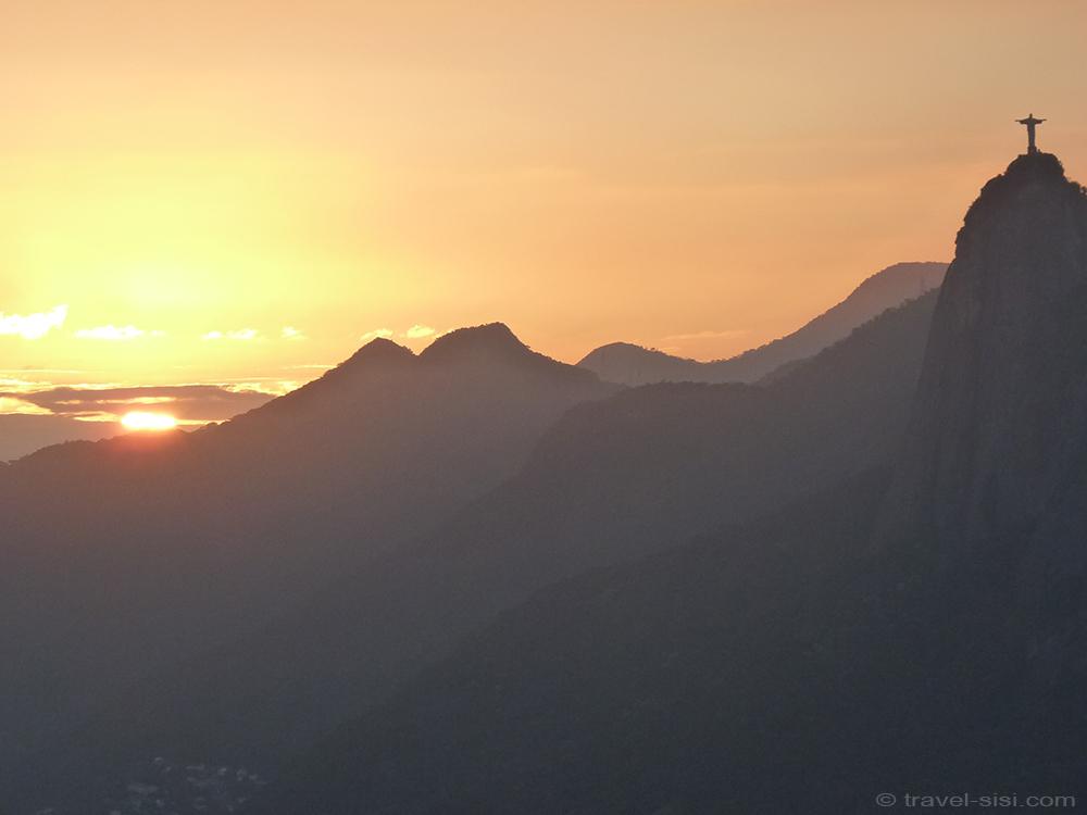 Sonnenuntergang hinter dem Corcovado