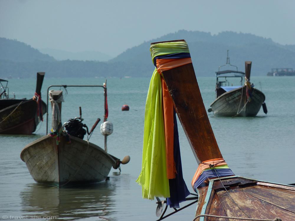 Boote auf Koh Yao Noi