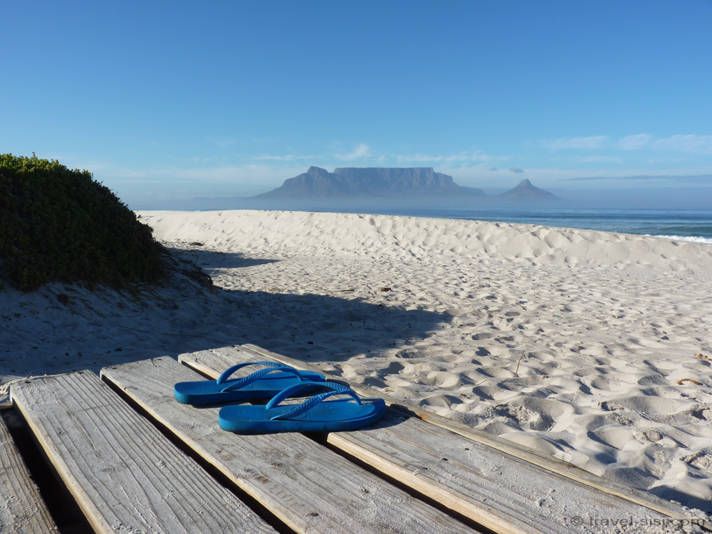 Flipflops am Traumstrand Kapstadt