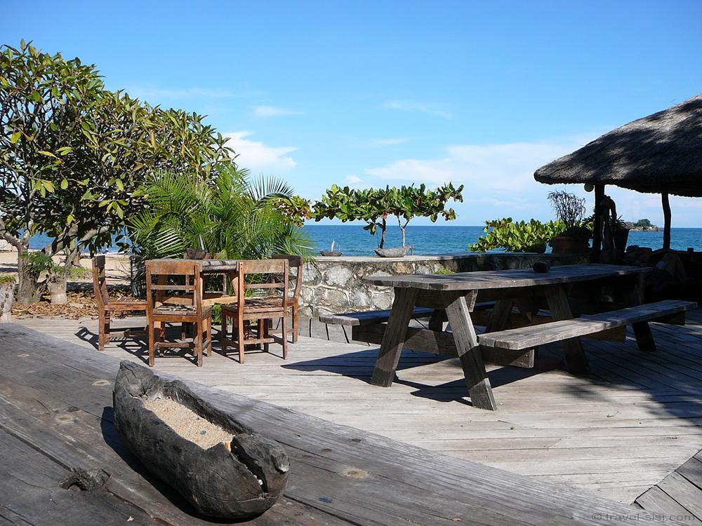 Kande Beach Bar Malawi