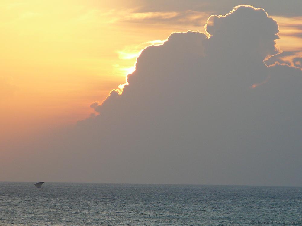 Sonnenuntergang vom Africa House in Stone Town Zanzibar