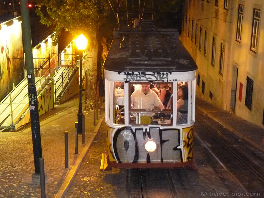 Gloria Funicular Lissabon