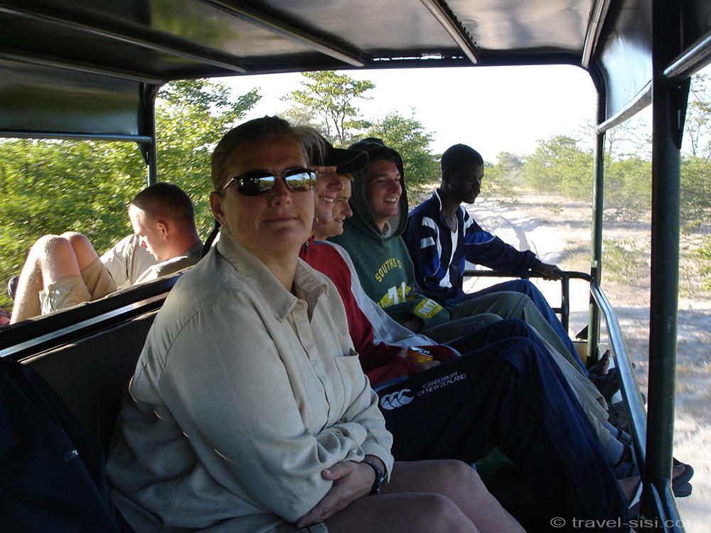 Fahrt ins Okavango Delta