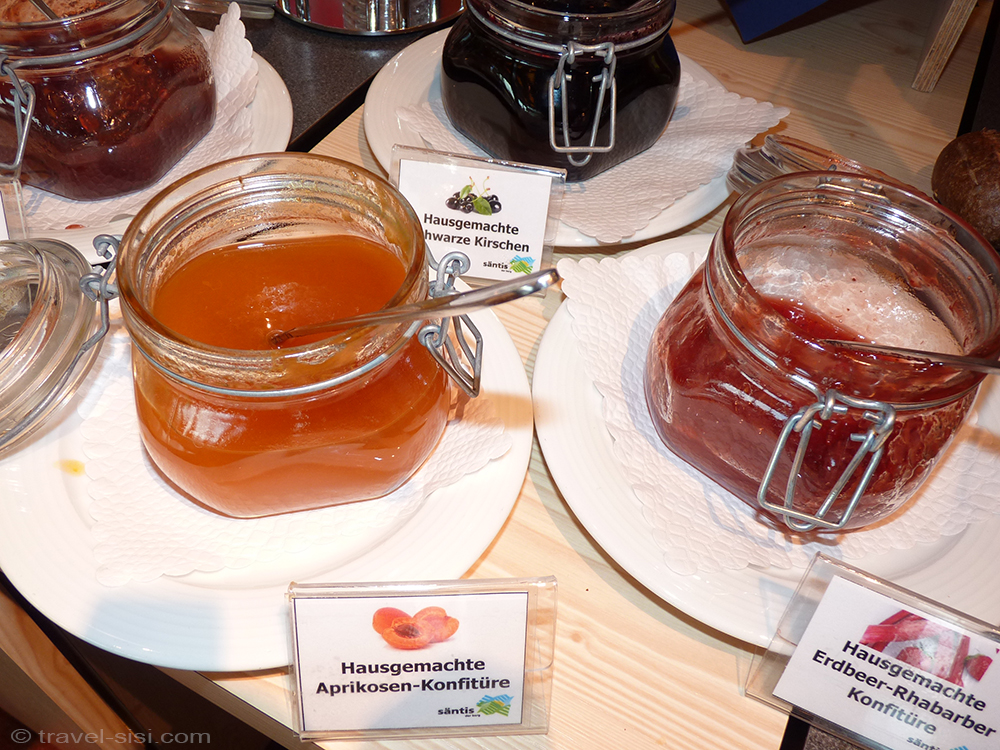 Hausgemachte Marmelade auf dem Säntis