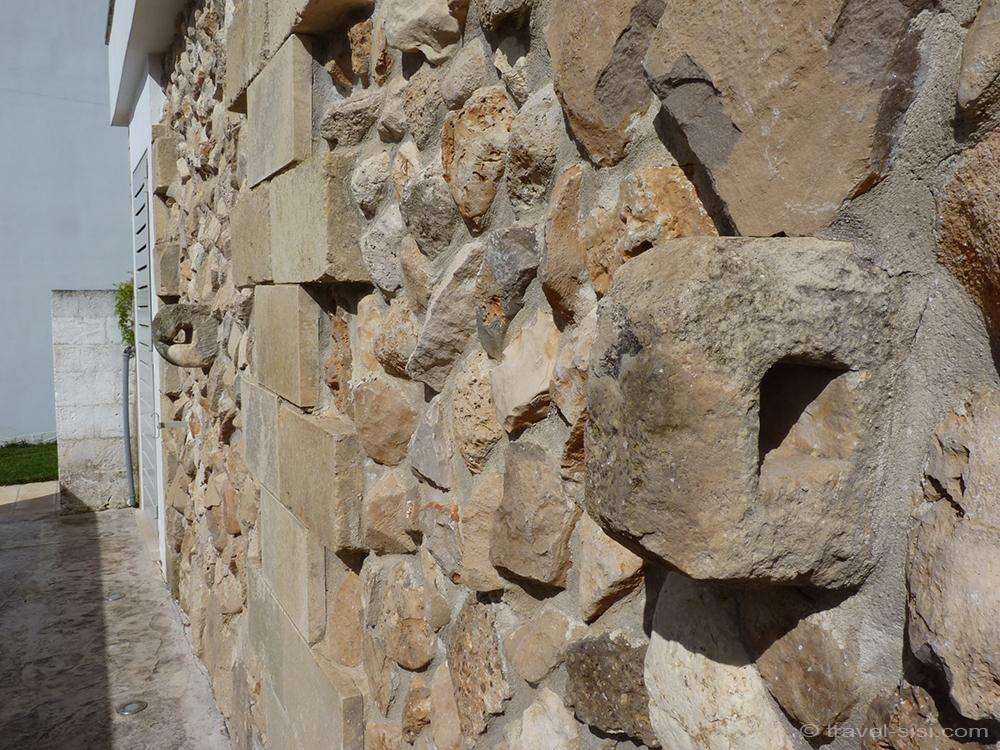 Alte Mauer Masseria Giovanni Apulien