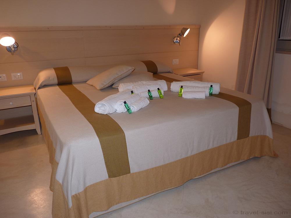 Schlafzimmer Masseria Giovanni Apulien