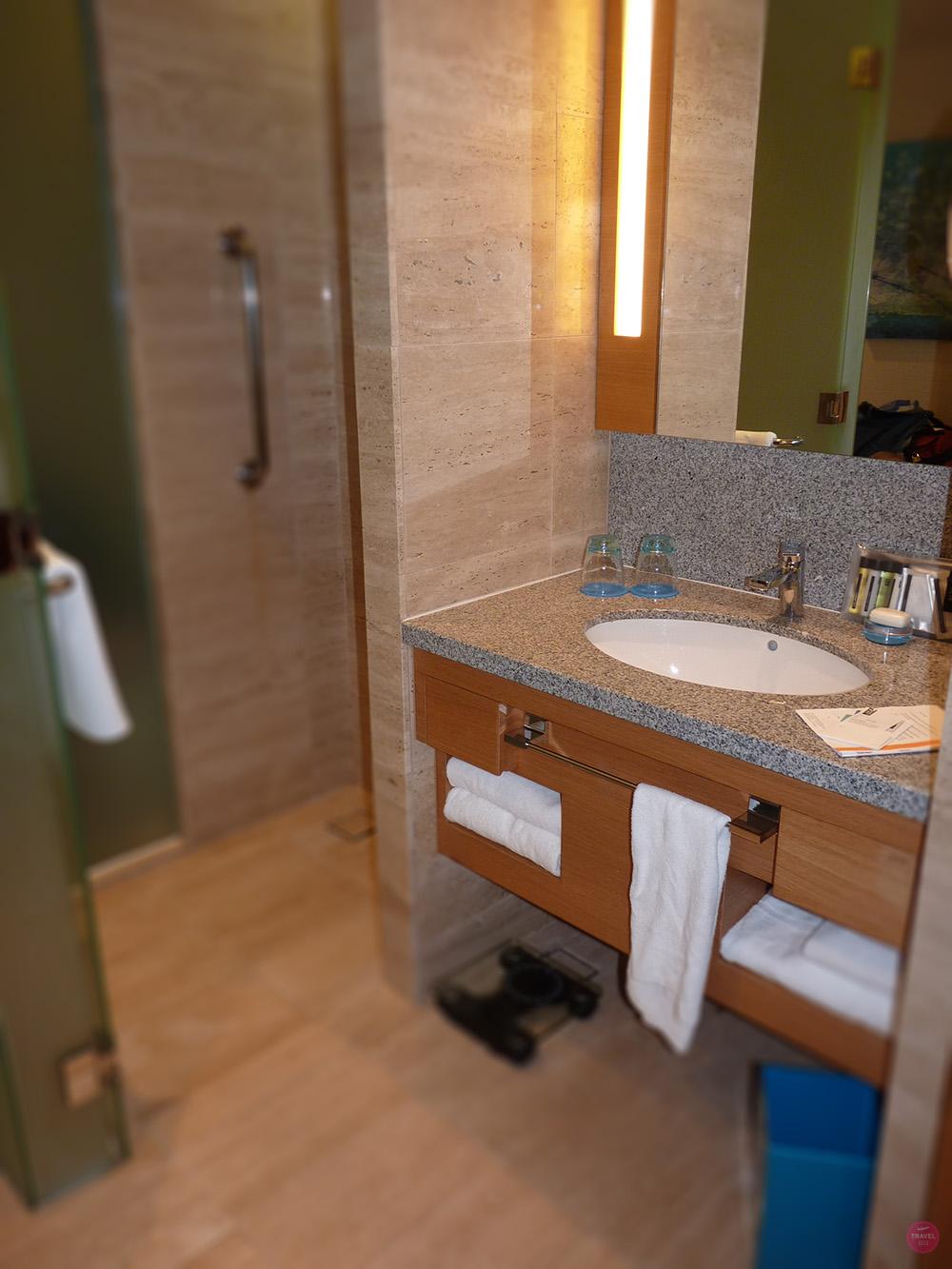 Hotel Jen Orchardgateway Singapur Badezimmer