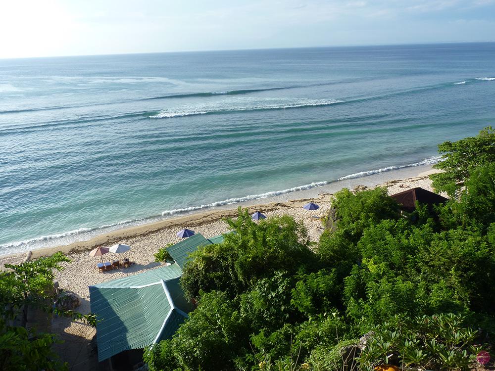 Mit Kleinkind in Bali Padang Padang Beach