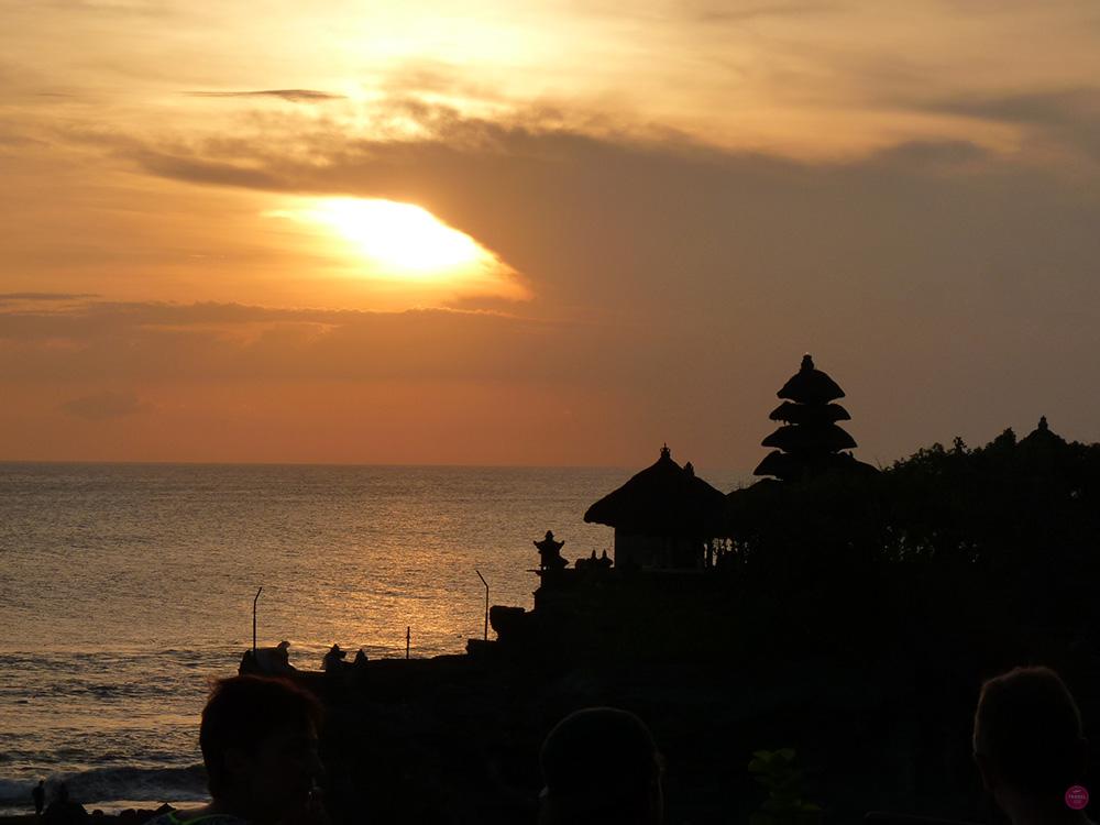 Mit Kleinkind in Bali Tanah Lot