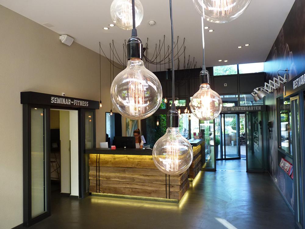 Hotel Alpenblick Bern Rezeption