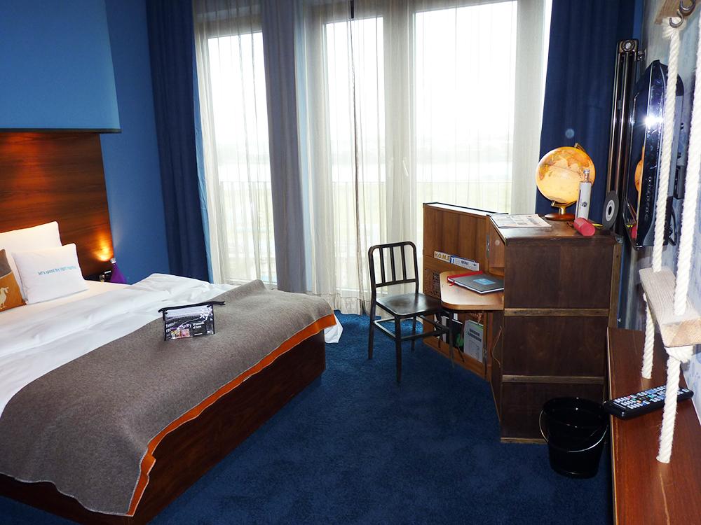 25hours-hotel-hafencity-zimmer
