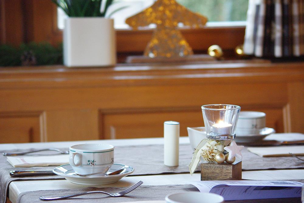 boutique-hotel-alemannenhof-fruehstueckstisch