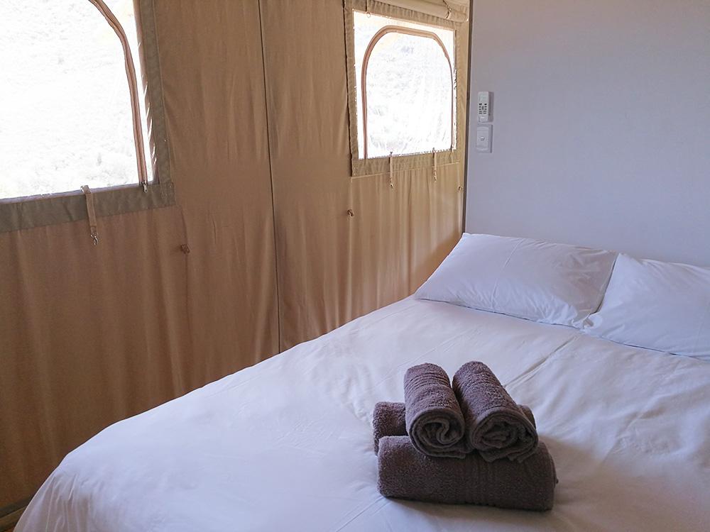 Schlafzimmer im Africamps at Pat Busch in Robertson