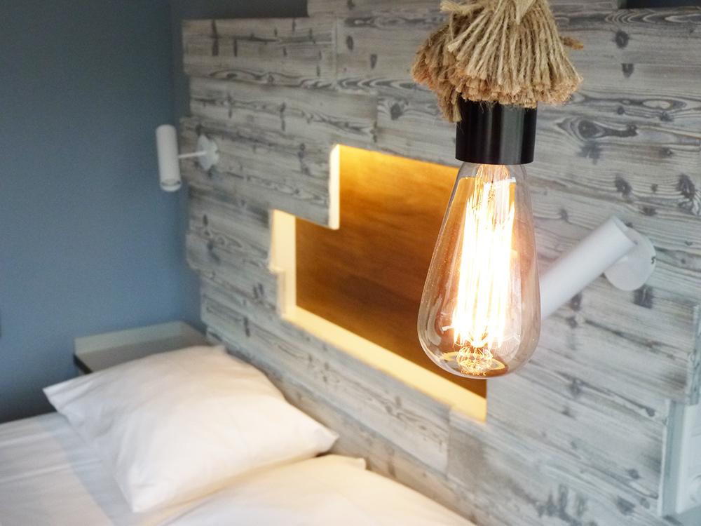 Hoteltipp SPO Bude54 Lampe im Zimmer