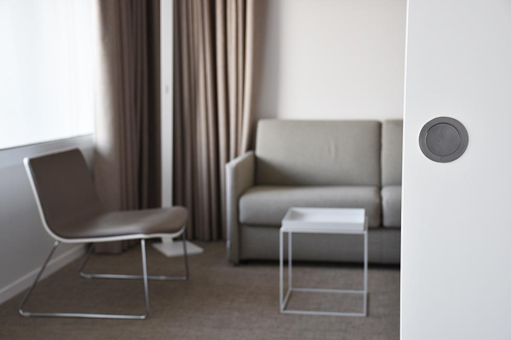 Hotel Lavaux abgetrennter Sitzbereich in der Suite