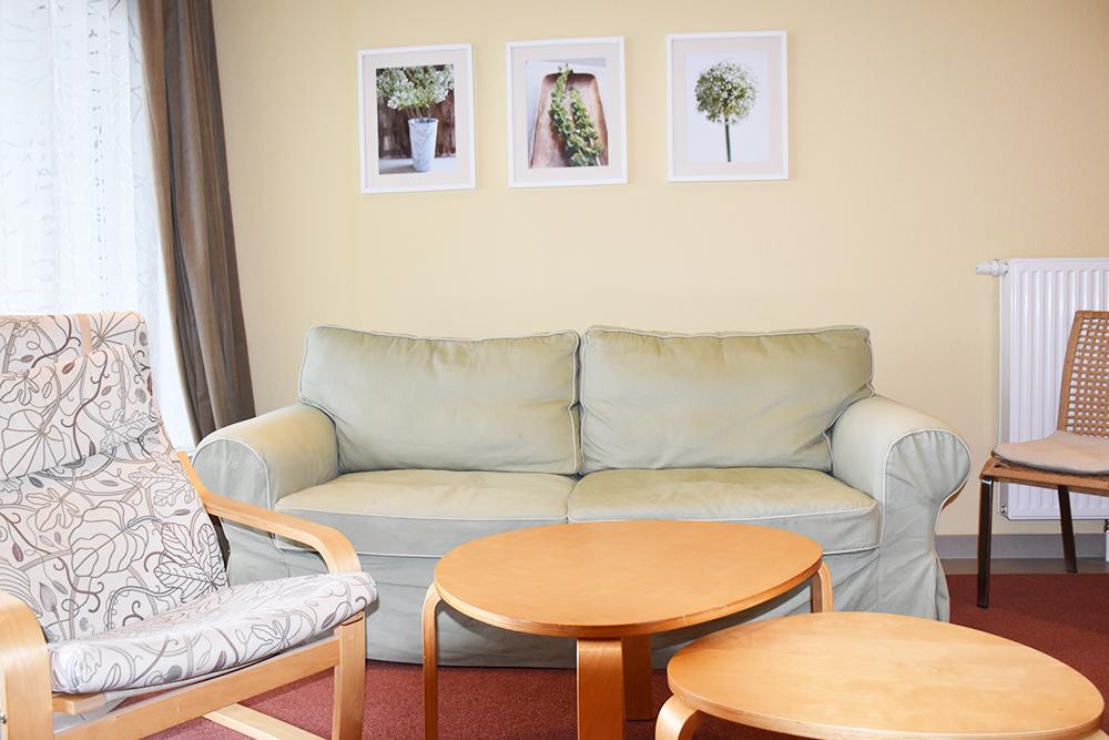Aparthotel Seepanorama MIrow Wohnzimmer