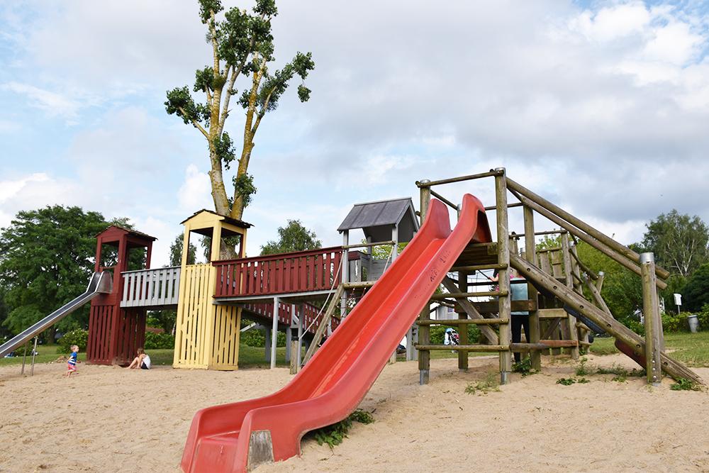 Aparthotel Seepanorama Spielplatz Ferienpark Mirow