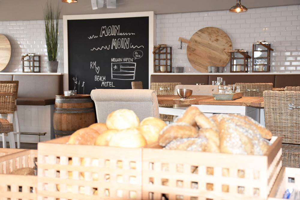 Beach Motel Heiligenhafen Brot zum Frühstück