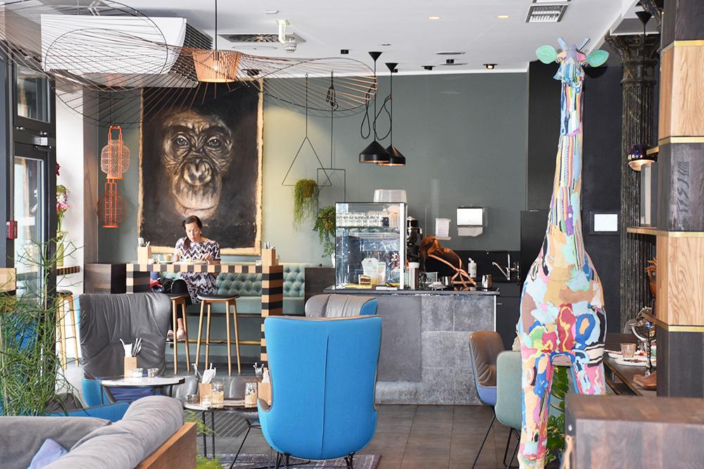Circus Hotel Berlin Lounge und Circus Giraffe