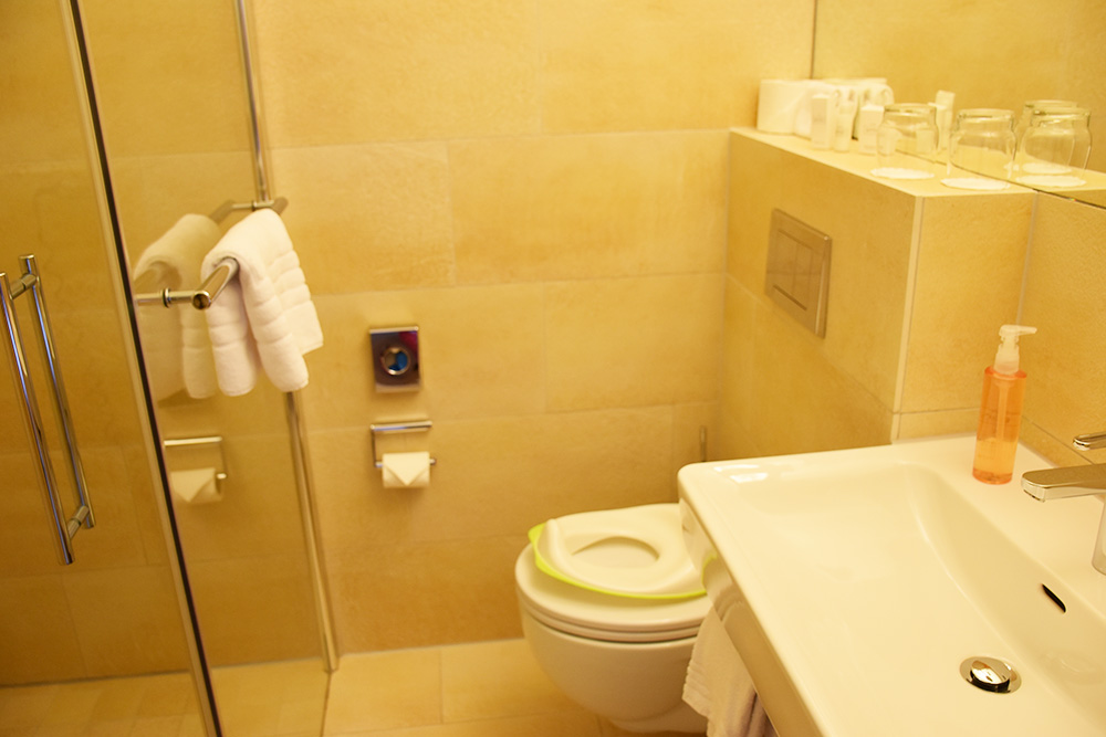 Gorfion das Familienhotel Badezimmer