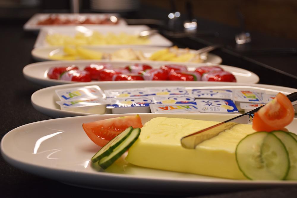 Gorfion das Familienhotel Käse und Wurst zum Frühstück