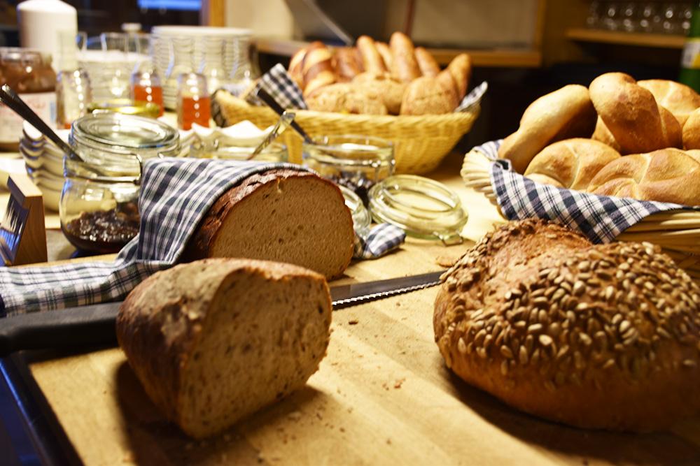 Panoramagasthof Kristberg Brot zum Frühstück