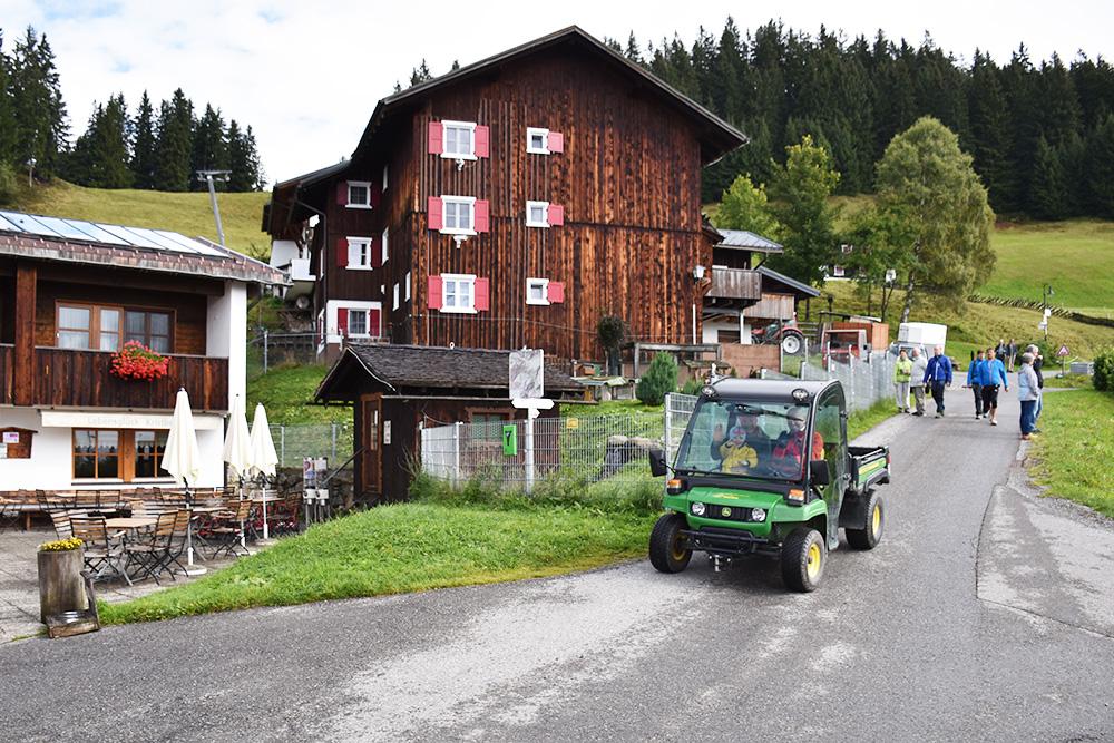 Panoramagasthof Kristberg Mitfahren im Alpfahrzeug