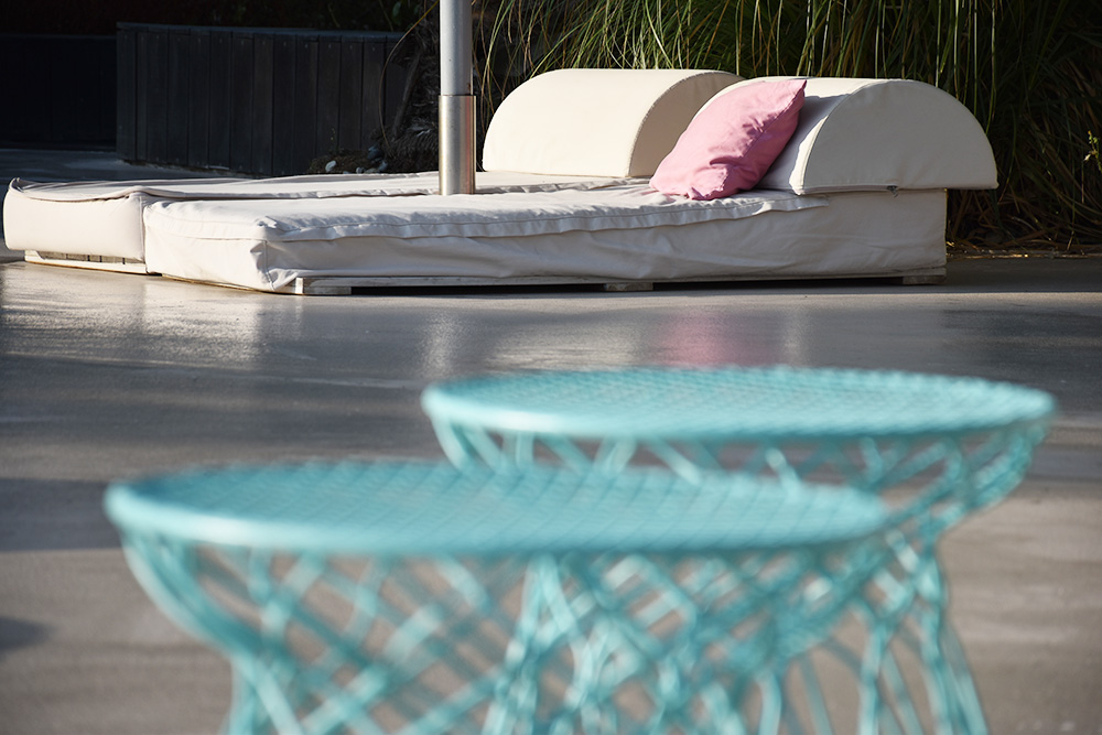 Ekies All Senses Resort Designmöbel am Pool