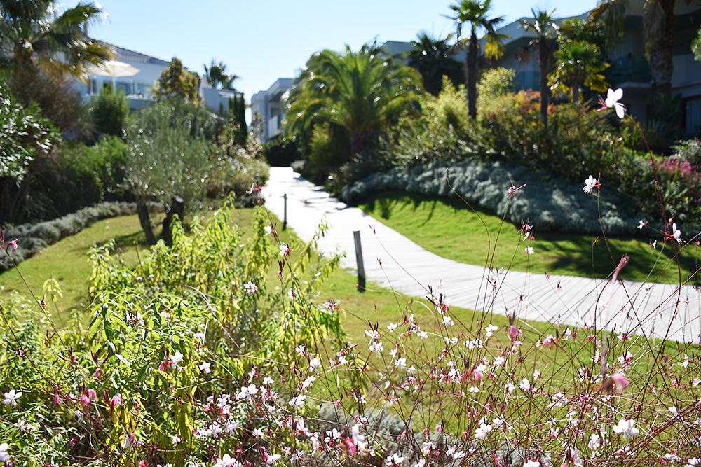 Ekies All Senses Resort Garten