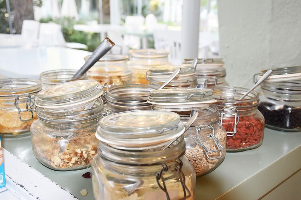 Ekies All Senses Resort Müsli beim Frühstück