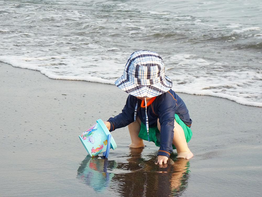 Reisen mit Kleinkind auf Sonnenschutz achten