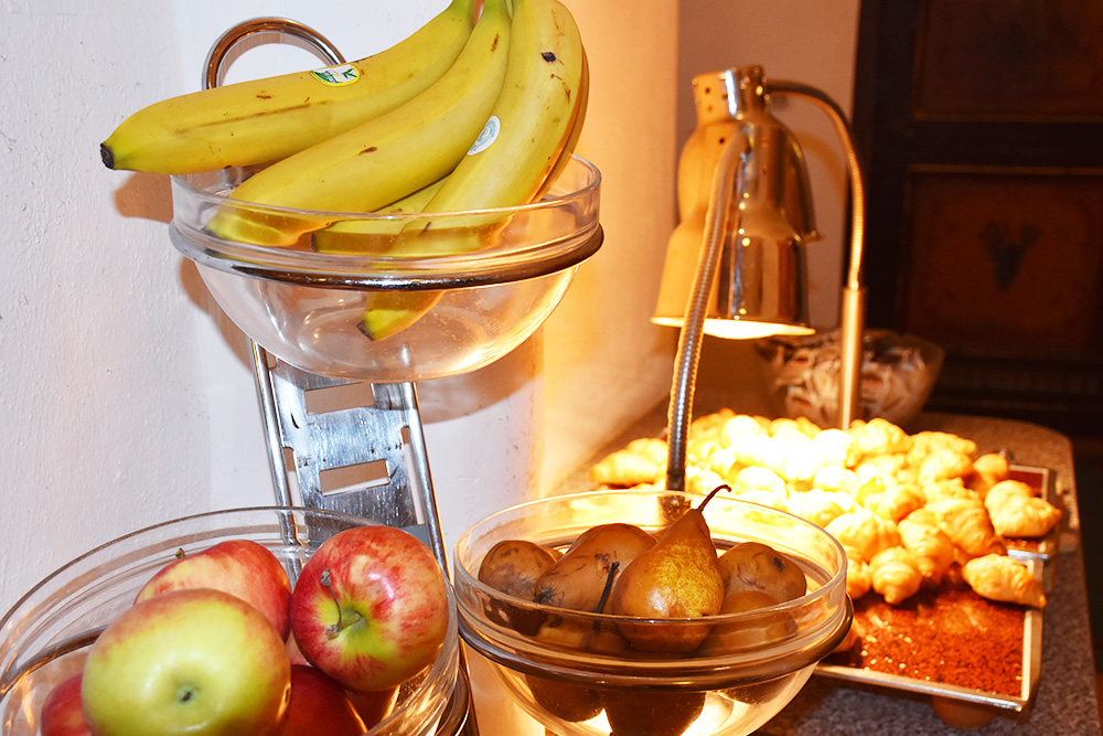 Familotel Landgut Furtherwirt frisches Obst zum Frühstück