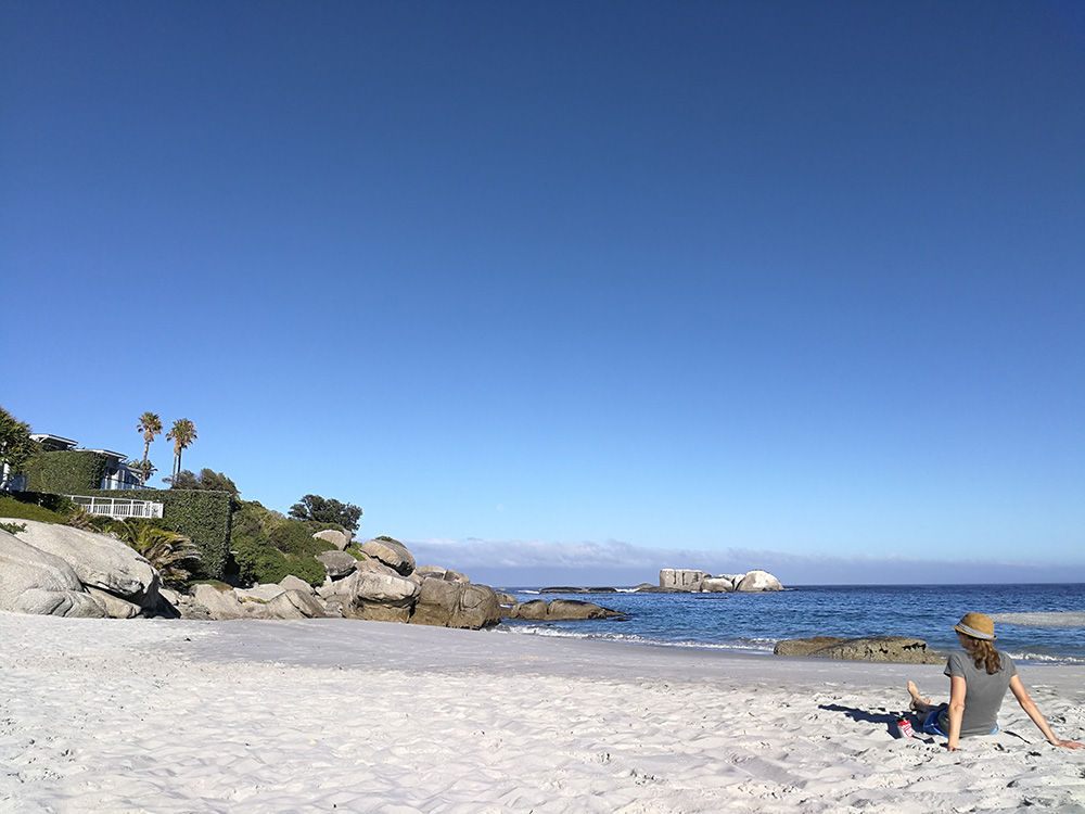 Travel Sisi am Clifton Beach in Südafrika