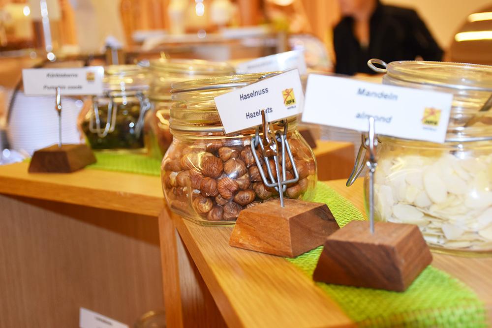 Hoteltipp Malbun JUFA Hotel Malbun - Alpin-Resort Nüsse fürs Frühstück