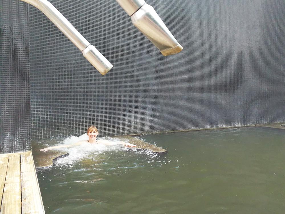 Hoteltipp Furnas Boutique Hotel São Miguel Azoren Sprudelliege im Pool
