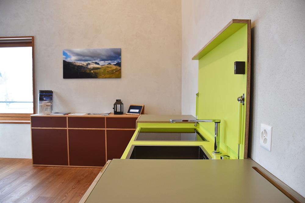 Hoteltipp Mathon Graubünden Pensiun Laresch Küche Lodge Suite
