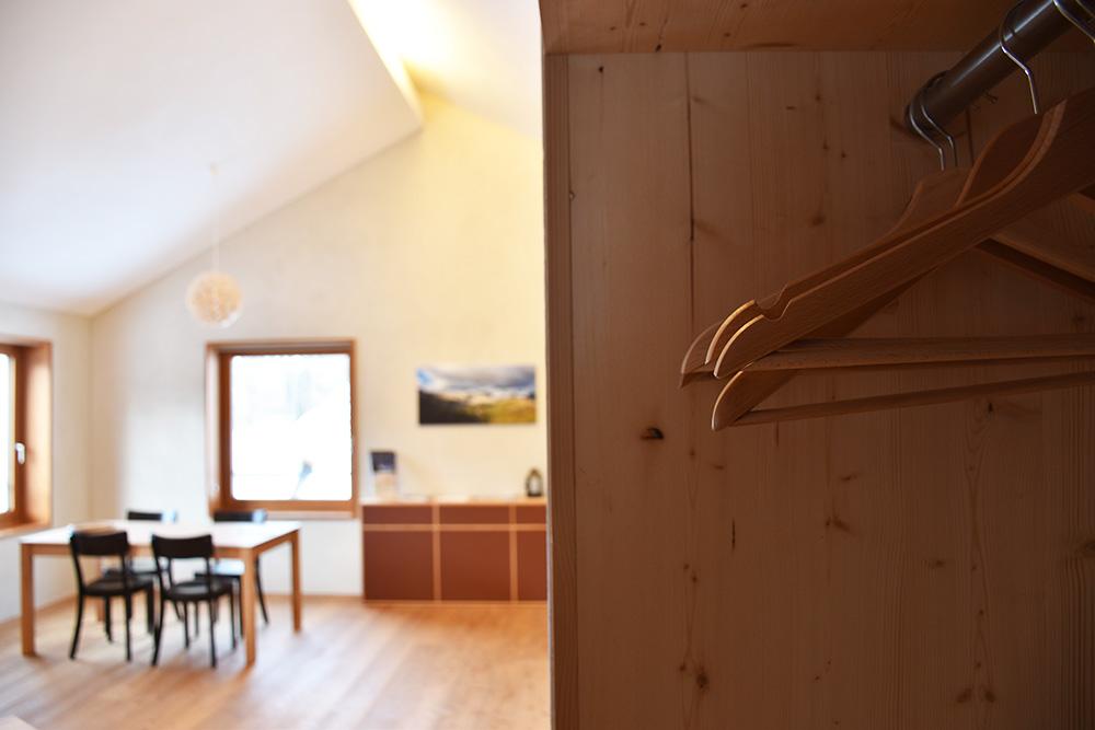 Hoteltipp Mathon Graubünden Pensiun Laresch Wohnzimmer Lodge Suite