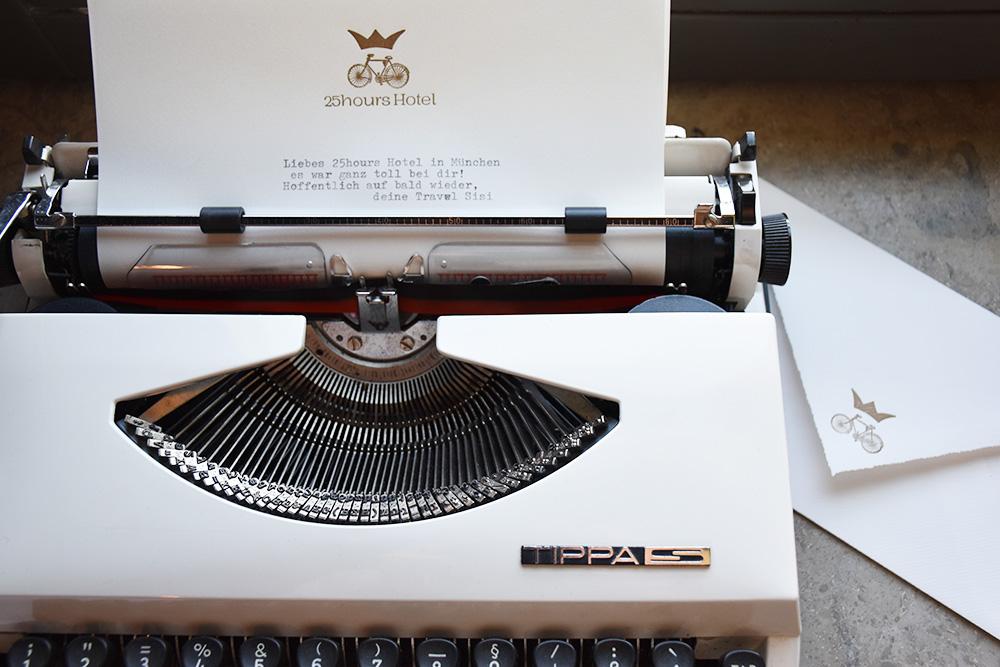 Hoteltipp München 25hours Hotel The Royal Bavarian Abschiedsbrief auf der Schreibmaschine