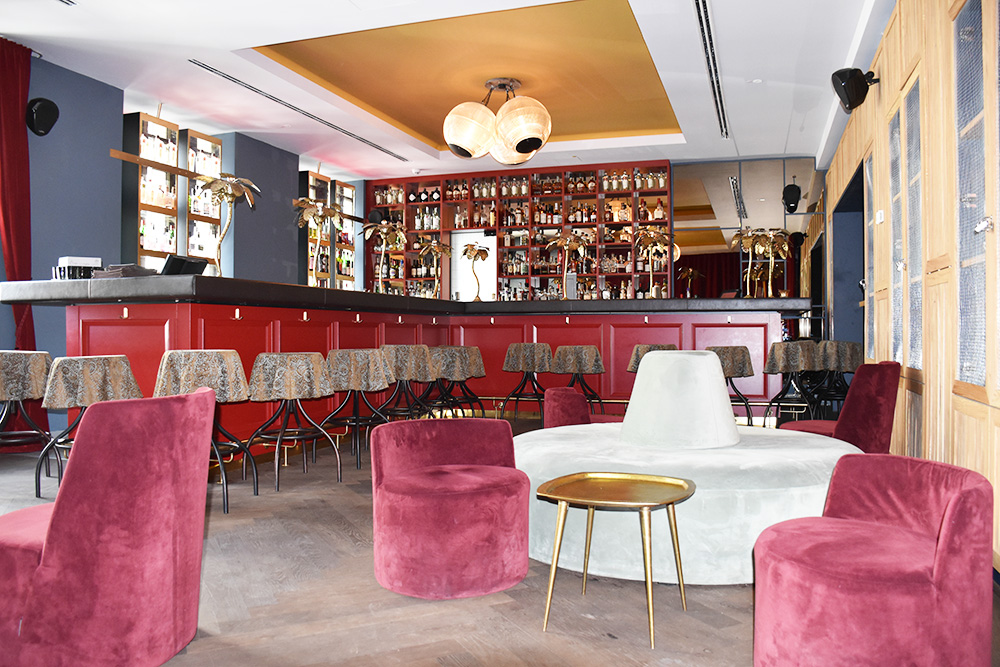 Hoteltipp München 25hours Hotel The Royal Bavarian Bar
