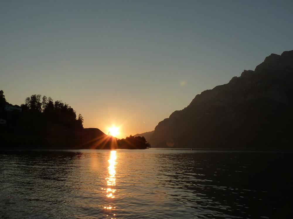Badestellen am Walensee Sonnenuntergang Mols