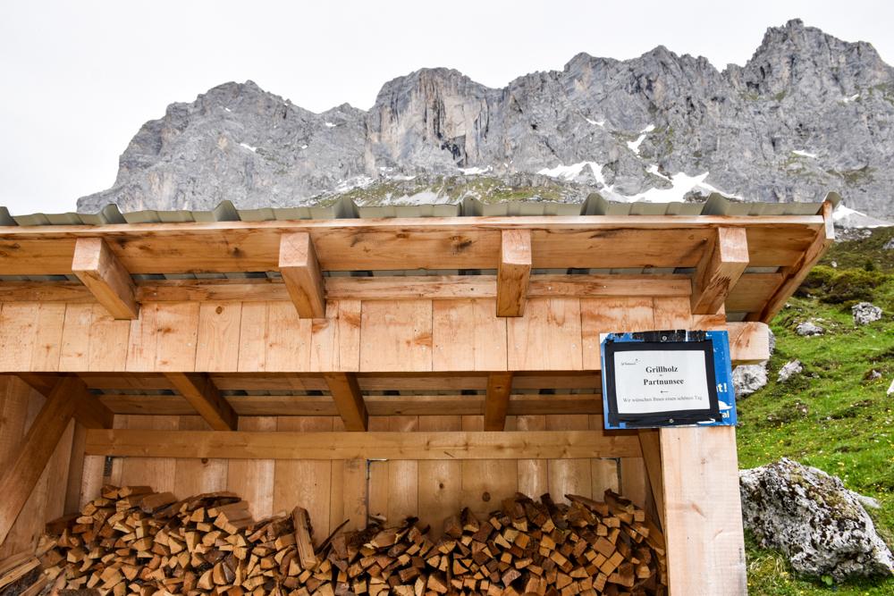 Ausflugstipp im Prättigau Wanderung zum Partnunsee Feuerholz