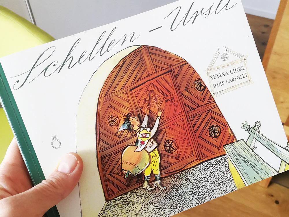 Guarda Lodge Hoteltipp für Guarda Schellen-Ursli Buch im Zimmer