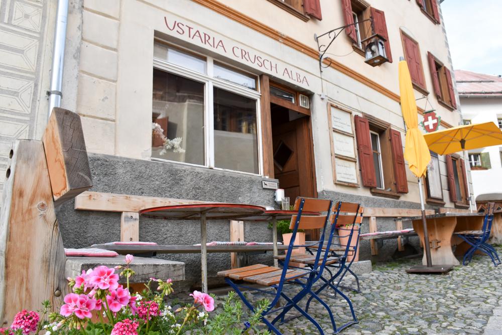 Guarda und der Schellen-Ursli-Weg Usteria Crusch Alba