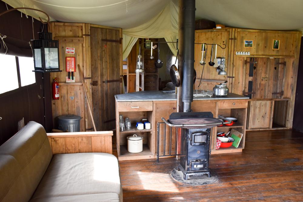 Glamping Gower Peninsula Wiesenbett Hillside Farm Lodge Zelt
