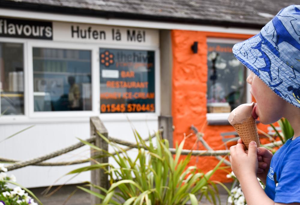 Wales Highlights Honigeiscreme in Aberaeron