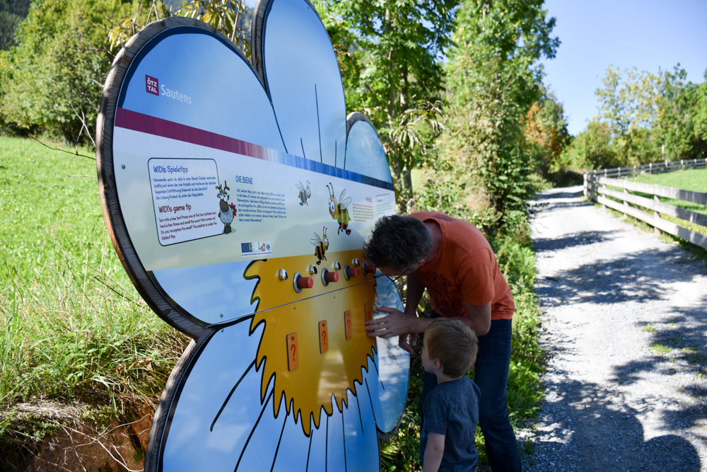 Ötztal mit Kind Bienenstation Zauberwald Sautens
