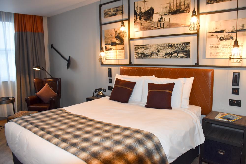 Hotel Indigo Cardiff Wales Superior Zimmer