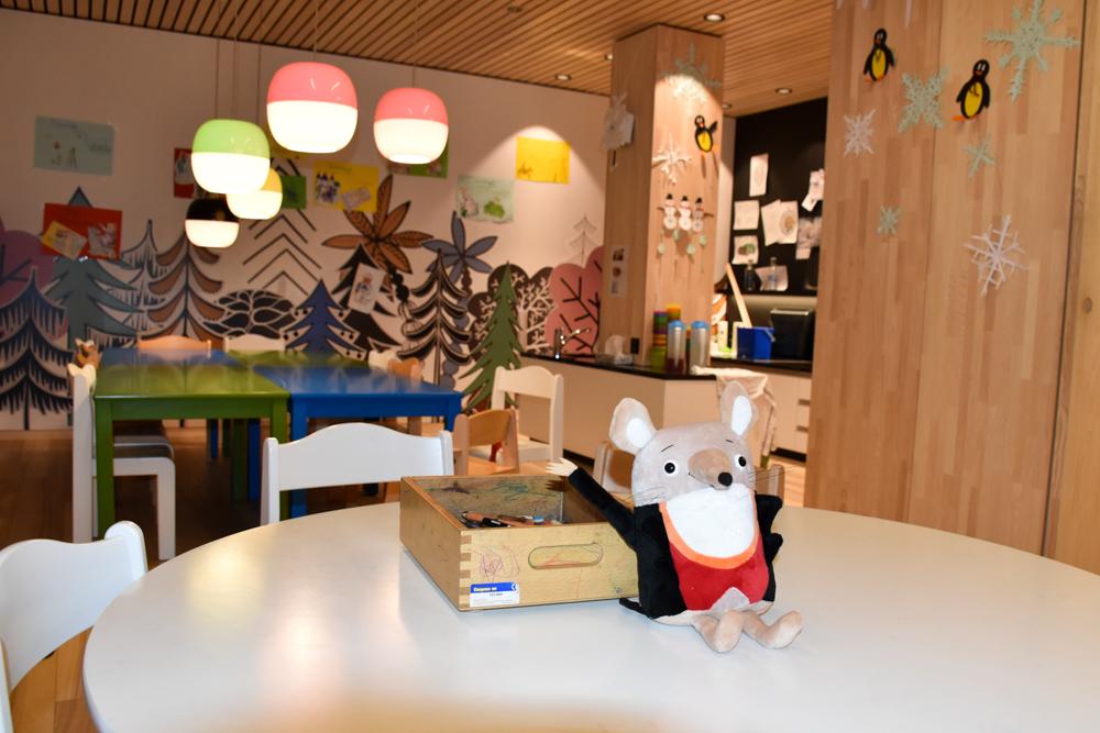 Hoteltipp Malbun Liechtenstein Gorfion das Familienhotel Kinderwelt mit Herr Gorfion