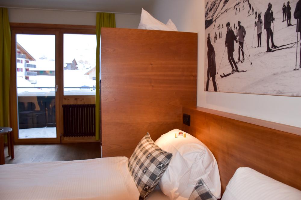 Hoteltipp Malbun Liechtenstein Gorfion das Familienhotel Zimmer mit Balkon